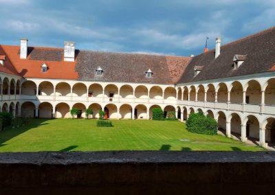 Schloss_Deutschkreutz_1